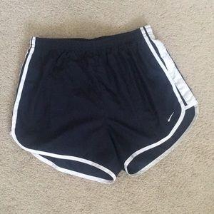 navy blue nike shorts [SIZE 4-6]